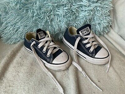Fantastic girls/boys classic converse all star white trainers size infant 7