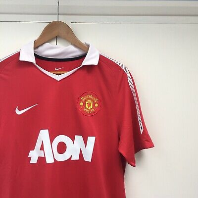 Manchester United 2010-2011 Home Football Shirt Size Medium Adult