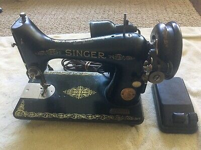 Vintage 1950's Singer Electric Sewing Machine. Machine Only