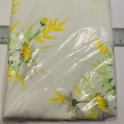 SPRINGMAID WONDERCALE ~ NOS Deadstock Vtg Floral Daisy KING Pillow Cases Pair