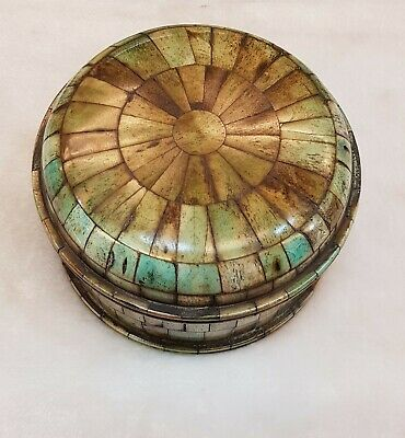 Medieval Beautiful Old Tibetan Turquoise Stone Wood Rare Round Box