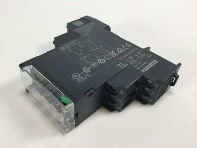 Schneider Electric RM22UA31MR Voltage control relay Zelio New NFP