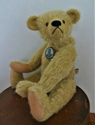 Antique stlye Mohair Bear by award winning Teddy Bear Artist Jay R Hadly