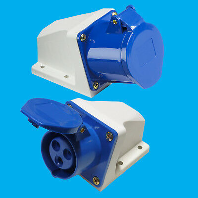 Outdoor Blue 16A 240V 3 Pin Industrial Caravan Socket IEC60309 CEE Commando IP44