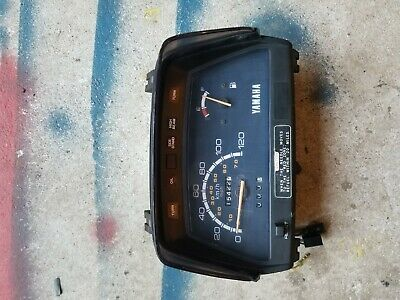YAMAHA RIVA XC180 SPEEDOMETER GAUGES / DASH PANEL (with deflector and mounting b