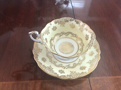 Paragon Tea Cup & Saucer Set Double Warrant Heavy Gold Filagree QUEEN MARY