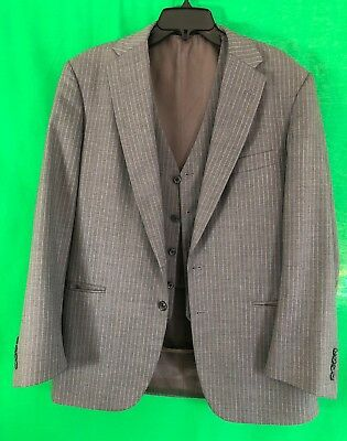 Executive Collection By Tom James Suit Jacket & Vest Hand Tailored Gray 40 R