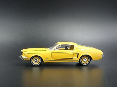 1968 68 FORD MUSTANG Fastback 2+2 Rare 1:64 Miniature de Collection Voiture