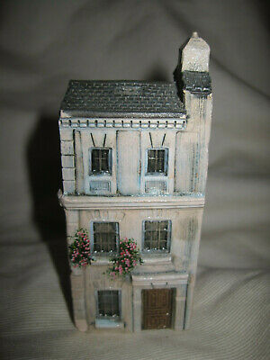 "Original Gault Miniature Porcelain London House Made in France 3-3/4"" Tall"