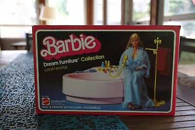Barbie Dream Furniture Luxury Bathtub 1980s - Original Box only - no furniture