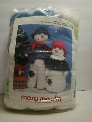 Mary Maxim Exclusive Bonnie and Blizzard Snow People Christmas Crochet Kit New