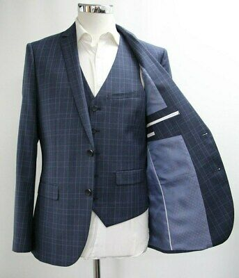 Men's Unbranded Checked Navy Blue Blazer & Waistcoat Set (40R).. Sample 5750