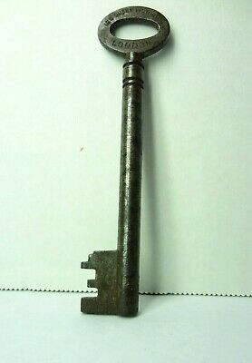 Antique Skeleton Key Chubb's Patent Safe 128 Queen Victoria Street London