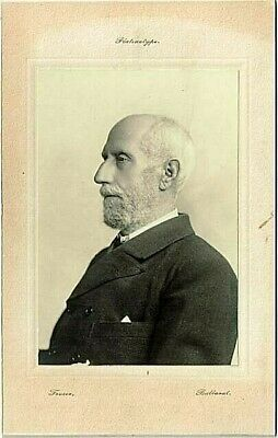 Photographic portrait of a well dressed gentleman - circa 1890s