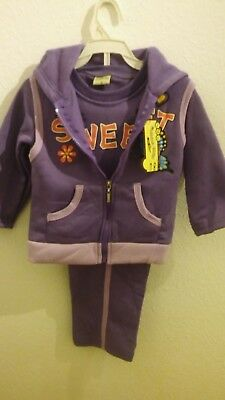 Girls Age 2 years, Purple 3 piece tracksuit with Sweet motif New with Tags