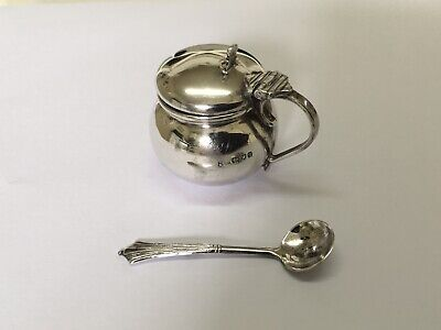 Solid Silver Condiment Pot with Spoon by Josiah Williams & Co London 1911