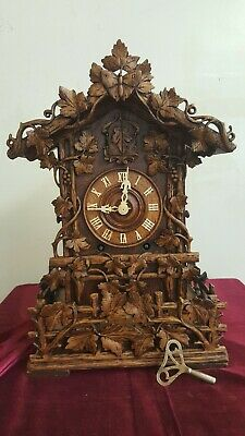 Beautiful antique beha shelf  cuckoo clock from Germany