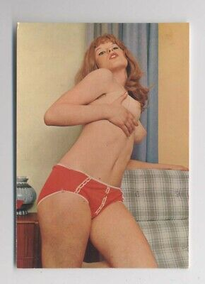 PIN-UP - Jolie Femme Rousse - SEINS NUS - Pin Up - Carte ancienne - SEXY