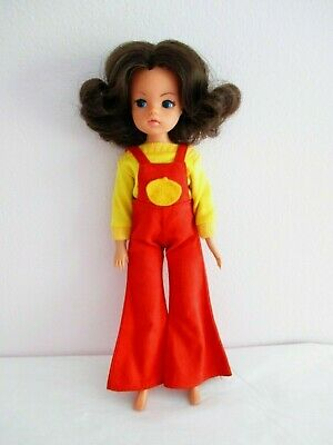 VINTAGE SINDY DOLL - APPLE OUTFIT  - 1970s Floppy Fingers