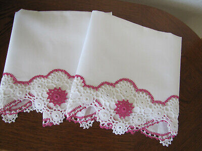 Vintage Pair Of Pillowcases White & Pink & White Flowers Crocheted Trim