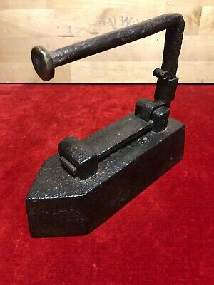 """Tool Antique Iron in Ironing Handle Removable 19th, Cf """" Truck Frères """" 5 KG"""