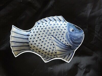 ANTIQUE IMARI blue white  PORCELAIN FISH DISH PLATE JAPANESE SIGNED