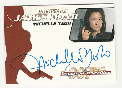 Michelle Yeoh JAMES BOND 007 Women of Bond Quotable Autograph Card Auto WA17