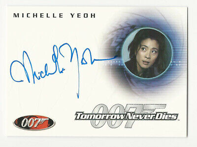 Michelle Yeoh as Wai Lin JAMES BOND 007 Quotable Autograph Card Auto A30