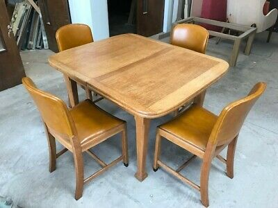 Expanding Oak Dining Table And 6 Oak Chairs