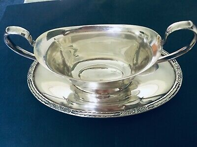 """International Silver Co. """"Camille"""" 6013 Gravy Sauce Boat attached tray."""