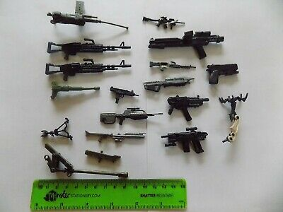 Mixed Lot Of Weapons Guns Possibly Star Wars Or Transformers Or Action Figures