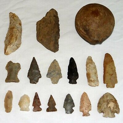 Native American Indian *LOT* of 16 Artifacts & Tools - Grinding Stone Arrowheads