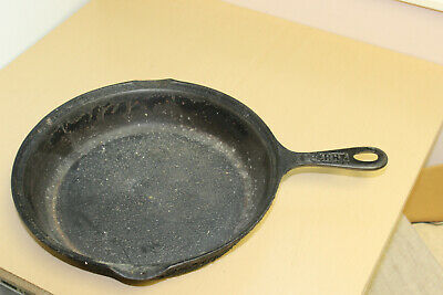 "Antique Vintage Cast Iron 11.25"" Skillet Embossed Sperry-Needs Heavy Cleaning"