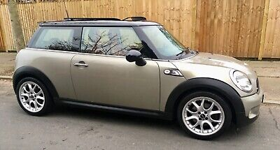 2007 Mini Cooper S With Every Conceivable Extra Service History Super Condition