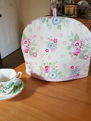 Kirkton House Floral Printed Tea Cosy, 100% Cotton Fabric With Polyester Filling