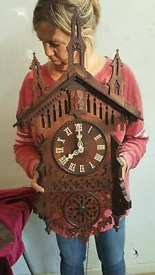 Beautiful antique black forest cuckoo clock from Germany
