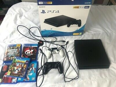 PS4 Black 500gb Console & Games Bundle & 2 Controllers