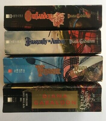 Outlander By Diana Gabaldon: Small Paperback Book Lot: Voyager Dragonfly Autumn