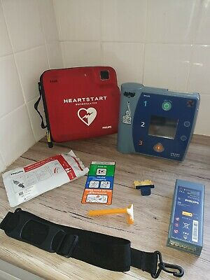 Philips Fr2+ Heartstart Aed Defib M3860A + Strong Battery And 01/2021 Pads