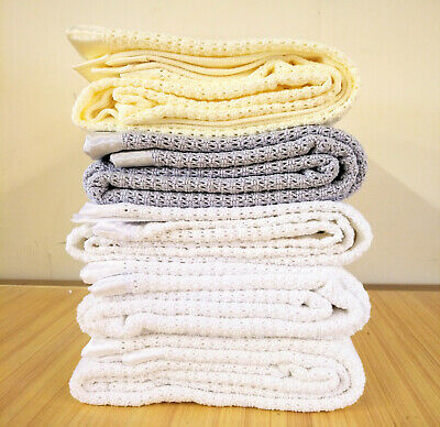 100% Organic Cotton Cellular Blanket. Cotbed 160x130cm. Bargain Seconds.