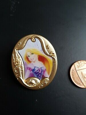 Disney Pin Badge Princess Rapunzel Tangled   Gold Frame Portrait