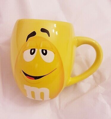 """M&M's World Yellow Character ''Completely Nuts! """" Mug"""