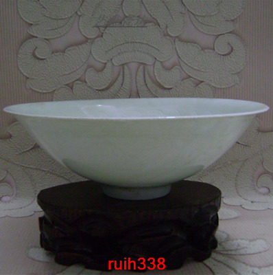 """8.2""""old China antique Song dynasty Hutian kiln shadow green Carved flowers bowl"""