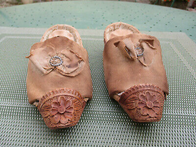 RARE SABOTS ANCIENS-CHAUSSURES XVIIIe -collection-art populaire