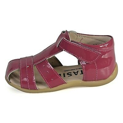 Petasil Girls Tess Fuchsia Pink Patent Leather Closed Toe Sandals 20572