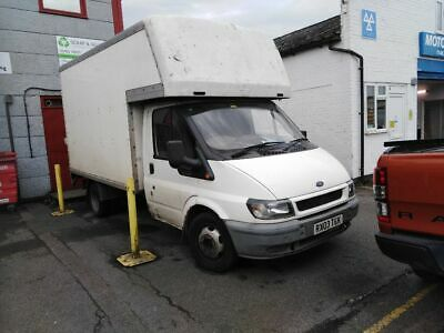 Ford Transit Luton 2003 with taillift Spares or Repair