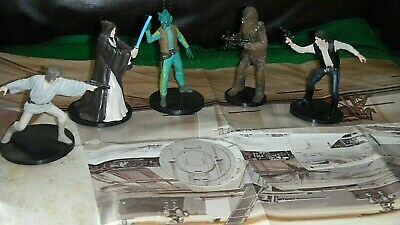 Disney Store Star Wars  5 Piece Star War figures on stands with Map CANTINI SET