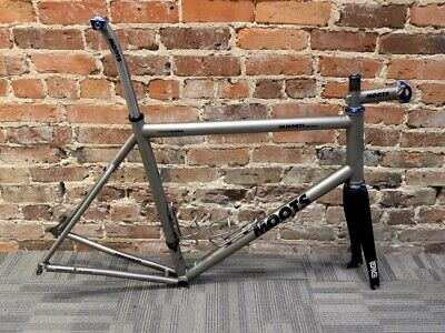 56CM MOOTS VAMOOTS RSL titanium Road Bike W/ SRAM Red Group