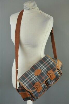Burberry Strap Bag Double Pocket Vintage and Retro 1970's - Some Wear and Tear
