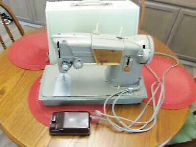 Vintage Heavy Duty Singer Model 328K Sewing Machine w/Case-no presser foot